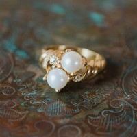 Vintage White Pearl and Swarovski Crystal Ring 18k Yellow Gold Electroplated Made in USA