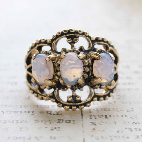 Vintage Jewelry Pinfire Opal Cabochon Stones Cocktail Ring in 18kt Yellow Gold Electroplate Made in the USA