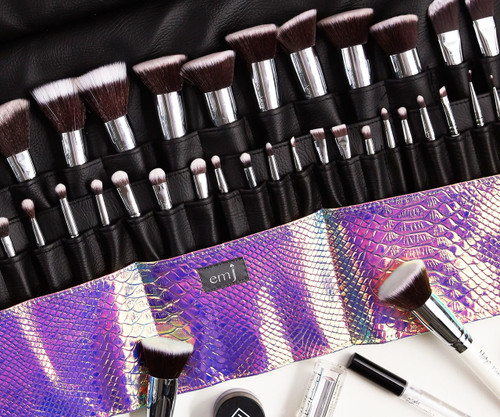 LUXE ROXI Brush Roll