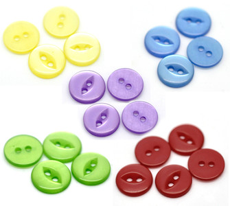 2 hole fish eye plastic Button - RED - 11mm - pack of 10
