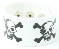 Skull angry white big stripes & checker
