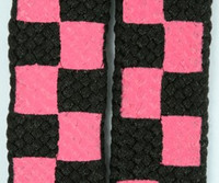 Check pink-black L check shoelace
