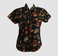 Flash black shirts lady