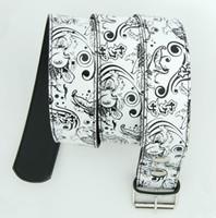 Carper round white animal belt