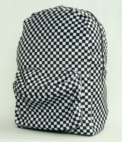 Check black-white fluffy rucksack