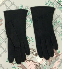 1940s black kid gloves with jet detail