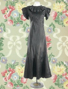 1930s Exceptional silk Vionnet-style gown