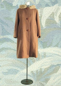 1950s Caramel boucle travel coat