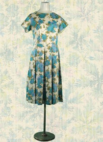 Early 1950s chintz floral day dress
