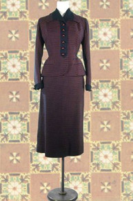 1940s Striped fitted wool suit
