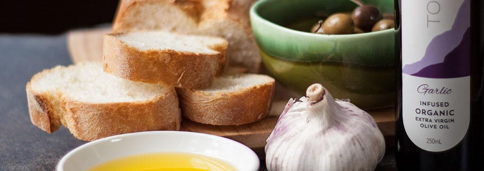 Garlic infused organic olive oil