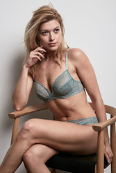 ALL LACE GLAMOUR U/W FULL CUP BRA CERULEAN
