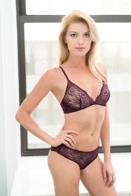 ALL LACE CLASSIC BRALETTE W/ REMOVABLE FOAM CUPS MERLOT