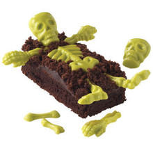Wilton Candy Mold Skeleton Bones 6 designs 20 Cavity Halloween Day of the Dead