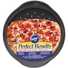 Wilton Perfect Results Pizza Crisper Pan Premium Non Stick Bakeware 14.25""