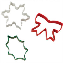 Wilton Christmas Holiday Snowflake  Bow Leaf Metal Cookie Cutter Set 3 pc