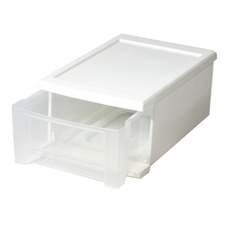 Extra large. Features a clear front to make identifying contents of each drawer easy and quick. Made from durable polypropylene to provide long lasting storage.