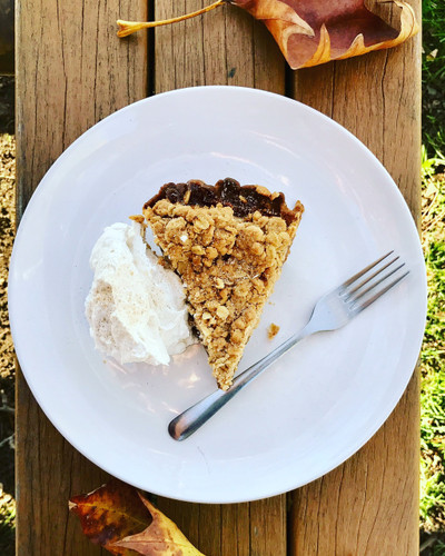 Dutch Caramel Apple Pie