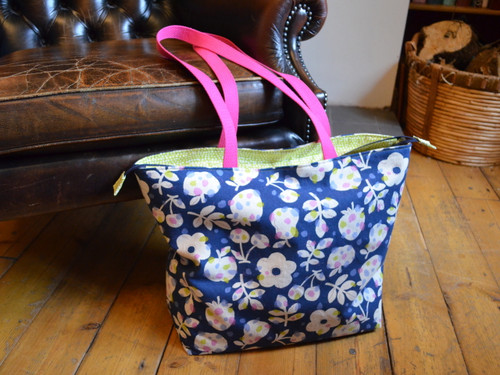 Stuff it all in Shoulder Bag at The Sewing Cafe - Sewing workshop