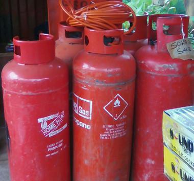 Propane gas (50kg LPG cylinder returnable)