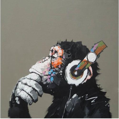 Monkey,Gorila,Brilliant Animal,Listening Music