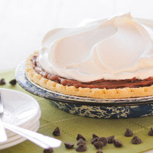 Velvety homemade custard and milk chocolate are perfectly blended in our chocolate cream pie. We carefully measure and package each ingredient to make your pie just like the ones we serve in our Der Dutchman Restaurants. No baking is required! Assemble in minutes, according to our included instructions. Prepared and shipped from Ohio's Amish Country.   Contents of the kit include: One 9 inch pie crust Cooked chocolate custard filling Whipped cream