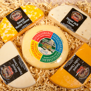 Enjoy five popular varieties of cheese made right here in Ohio's Amish Country:  8oz Colby 8oz Marble 8oz Pepper Jack 8oz Farmer's Cheese 2lb Guggisberg Baby Swiss