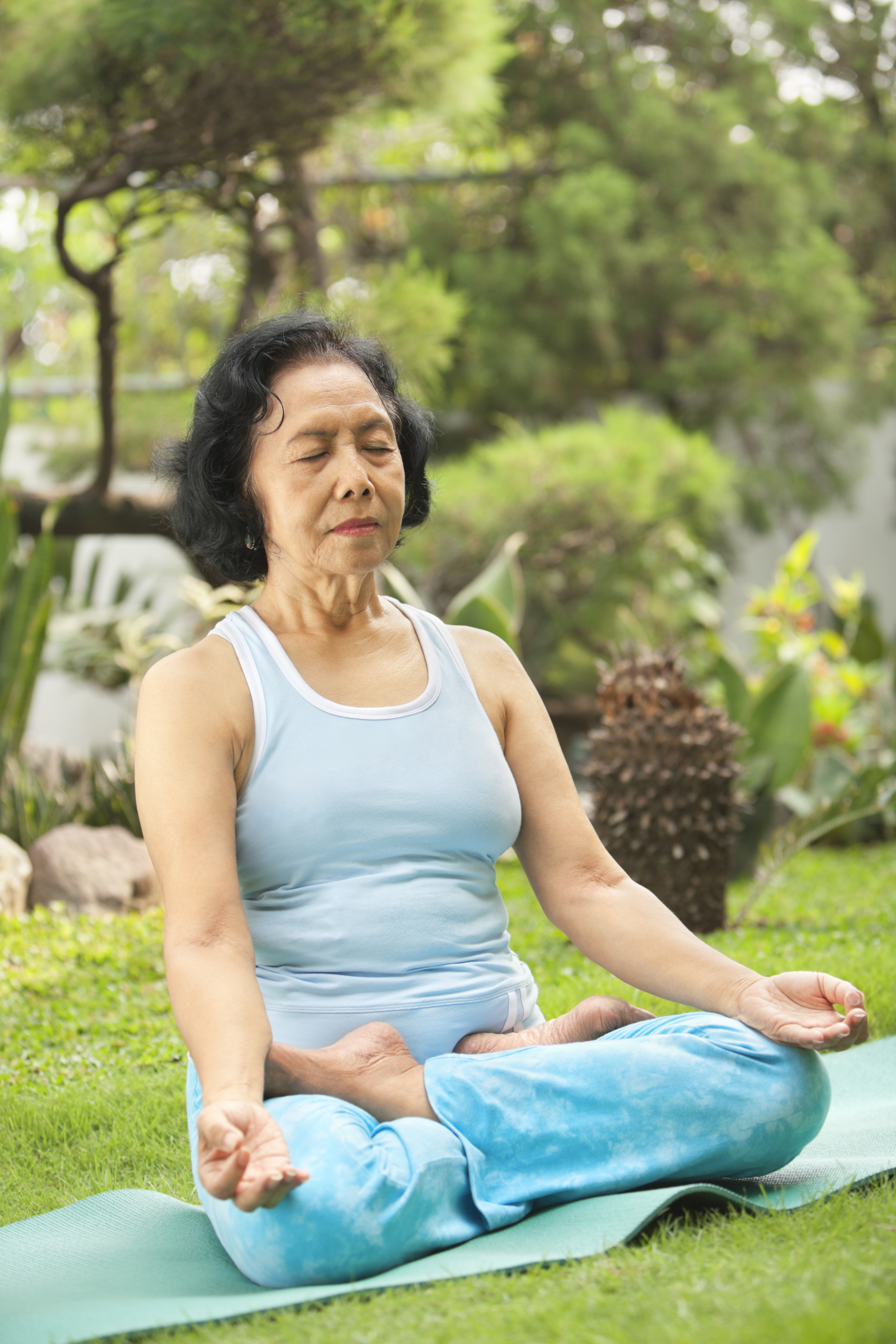 senior-meditating-pranayama.jpg