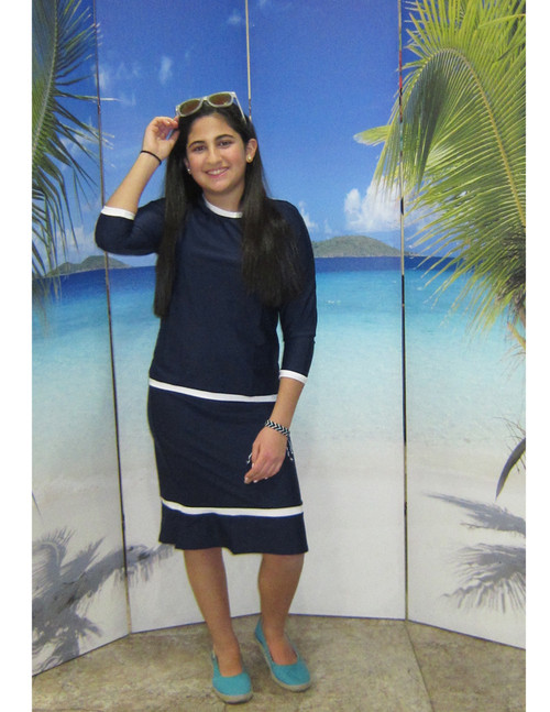 Girls style 2619  two piece set in navy with white trim