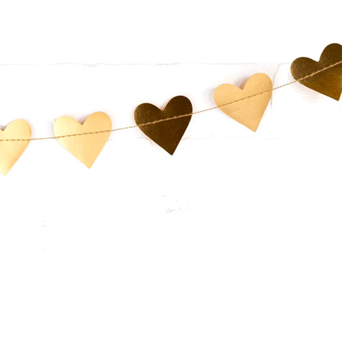Metallic gold mini heart garland decoration