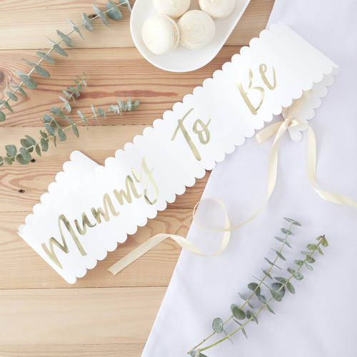 Mummy to be sash decoration for a baby shower or gender reveal