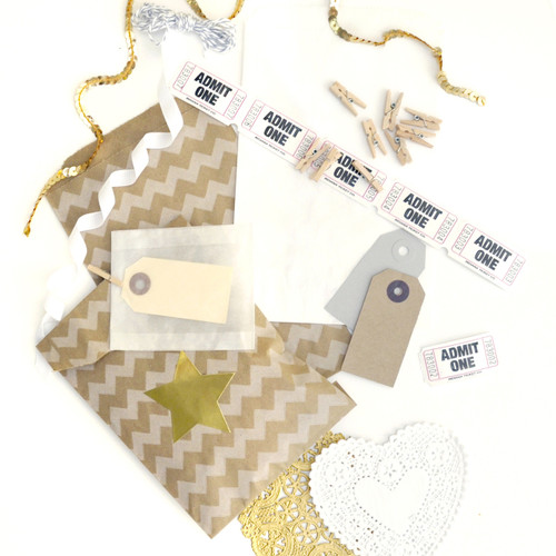 Kraft Gift Wrap Accessories Kit