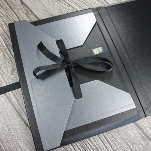 A3 Brushed Steel & Black Art Portfolio / Cachet Portfolio