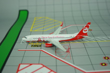 Phoenix Air Berlin Boeing 737-800 'Santa Tour' 1/400