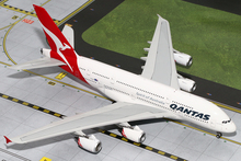 GeminiJets Qantas Airbus A380-800 1/200