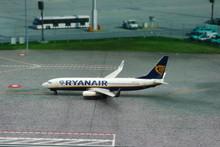 Phoenix Ryanair Boeing 737-800 'EI-FIT' 1/400