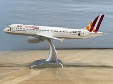 """Limox Germanwings Airbus A320-200 """"Wickie"""" 1/200"""
