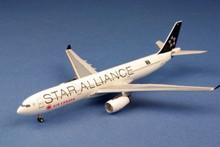 """AeroClassics Air Canada """"Star Alliance"""" Airbus A330-300 1/400"""