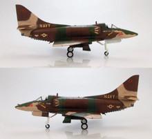 """HobbyMaster A-4E Skyhawk """"Top Gun"""" of Lt. Michell """"Mick"""" 1/72"""