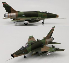 HobbyMaster F-100D Super Sabre 182nd TFS, Texas ANG 1/72