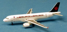 """Dragon Wings Air Canada Airbus A320 """"Children's Miracle Network"""" 1/400"""