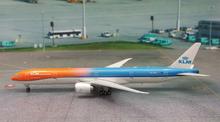 "Phoenix KLM Boeing 777-300ER ""Orange Pride"" 1/400"