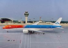"Phoenix KLM Boeing 777-300ER ""Orange Pride"" 1/200"