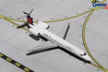 GeminiJets Delta Connection Embraer ERJ-145 N564RP 1/400 GJDAL1524