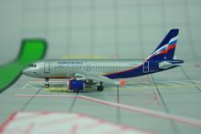 Phoenix Aeroflot Airbus A319 1/400