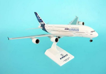 Skymarks Airbus New Livery A380 Scale 1/200 SKR380