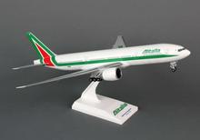 Skymarks Alitalia Boeing 777-200 1/200 SKR718
