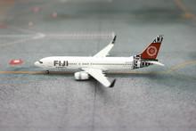 Phoenix Fiji Airways Boeing 737-800 1/400