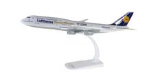 """Herpa Lufthansa Boeing 747-8 Intercontinental """"Siegerflieger Olympia Rio 2016"""" 1/250"""
