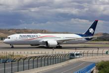 Phoenix Aeromexico Boeing 787-9 N438AM 1/400